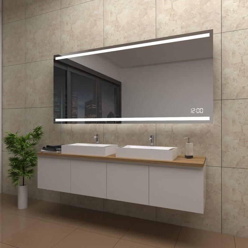 Spiegel Elena mit LED Beleuchtung und Uhr, beschlagfrei