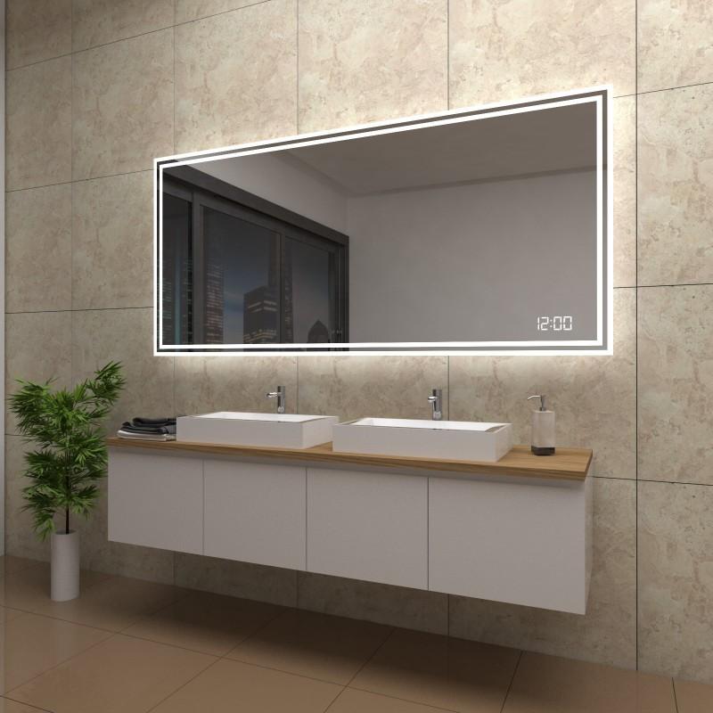 Spiegel Roxanne mit LED Beleuchtung und Uhr, beschlagfrei
